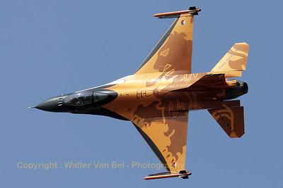 RNLAF_F-16AM_J-015_cn6D-171_EBBL_20090918_IMG_16917_WVB_1200px