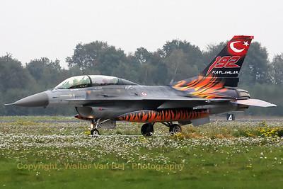 TuAF_F-16D_93-0696_192Filo_cnHD-6_EHVK_20101013_IMG_23503_WVB_1200px