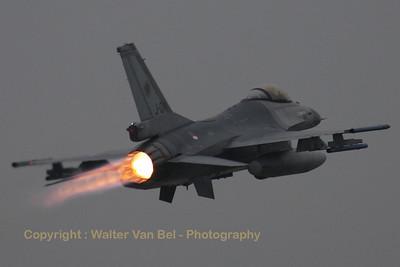 RNLAF_F-16AM_J-014_cn6D-170_EHVK_20101013_IMG_23703_WVB_1200px