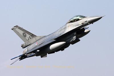 RNLAF_F-16AM_J-637_cn6D-69_EHVK_20101013_IMG_23684_WVB_1200px