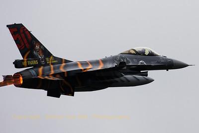 BAF_F-16AM_FA-87_31-Tiger_LFQI_20110516_IMG_30732_WVB_1200px