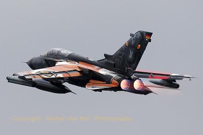 GAF_Tornado-IDS_45-51_AG51_LFQI_20110511_IMG_31051_WVB_1200px