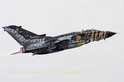GAF_Tornado-ECR_46-33_JBG32_LFQI_20110516_IMG_30494_WVB_1200px_ed3