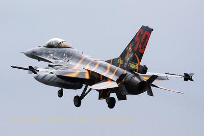 BAF_F-16AM_FA-87_31-Tiger_LFQI_20110516_IMG_30780_WVB_1200px_ed2
