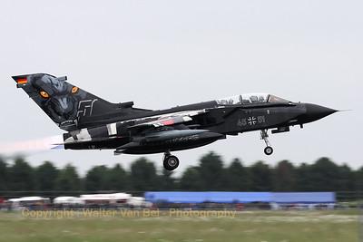 GAF_Tornado-IDS_45-51_AG51_LFQI_20110516_IMG_30614_WVB_1200px