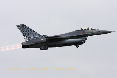 PortAF_F-16AM_15106_Esq301_cnAA-6_LFQI_20110516_IMG_30600_WVB_1200px
