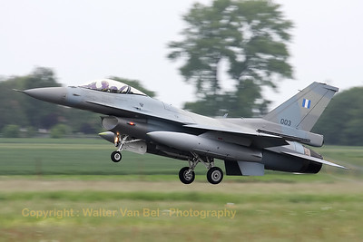 HAF_F-16CJ_003_335MV_cnWJ-3_LFQI_20110516_IMG_31007_WVB_1200px