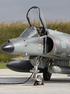 FAF_Navy_Super-Etendard_69_cn83_LDV-LFRJ_20080627_IMG_1899_WVB