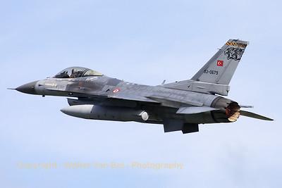 TuAF_F-16C_93-0679_192Filo_cnHC-23_LFQI_20110511_IMG_29874_WVB_1200px