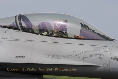 HAF_F-16CJ_010_335MV_cnWJ-10_LFQI_20110511_IMG_30298_WVB_1200px