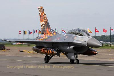 TuAF_F-16D_93-0696_192Filo_cnHD-6_LFQI_20110511_IMG_30275_WVB_1200px