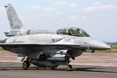 This Polish Air Force F-16DJ - from 6th FS (6.elt) - has not only been adorned with toned down tiger-marks on its tail but it has also a special c/s on its centerline fuel tank (Nato Tiger Meet 2011 at Cambrai).