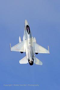 HAF_F-16CJ_010_335MV_cnWJ-10_LFQI_20110511_IMG_29858_WVB_1000px