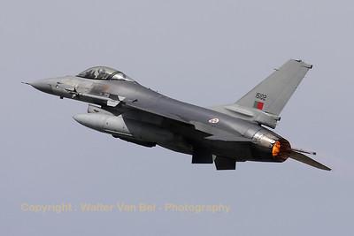PortAF_F-16AM_15102_Esq301_cnAA-2_LFQI_20110511_IMG_30335_WVB_1024px