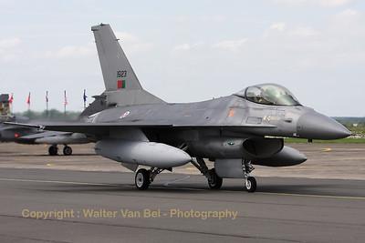 PortAF_F-16AM_15123_Esq301_cn61-534-M17-4_LFQI_20110511_IMG_30203_WVB_1200px