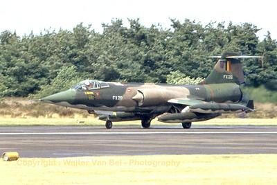 BAF_F-104G_FX-28_cn9062_EBBL_1978_Scanned20080130_WVB_1024px
