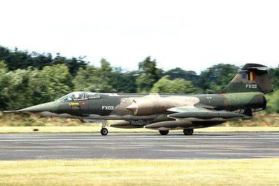 A Belgian Air Force F-104G Starfighter (FX02; cn683-9017), from 10Wing during the landing at Kleine Brogel. Scan from old slide.