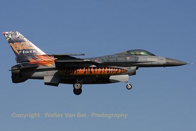 TuAF_F-16C_93-0682_192Filo_cnHC-26_EHVK_20101011_IMG_22793_WVB_1200px