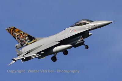 RNoAF_F-16AM_671_6K-43_FLO_EHVK_20101011_IMG_22797_WVB_1200px