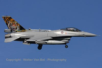 RNoAF_F-16AM_671_6K-43_FLO_EHVK_20101011_IMG_22799_WVB_1600px