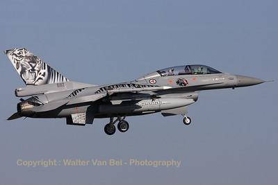 RNoAF_F-16BM_692_6L-11_FLO_EHVK_20101011_IMG_22842_WVB_1200px_ed2