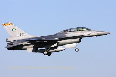 RNLAF_F-16BM_J-369_cn6E-32_EHVK_20101011_IMG_22830_WVB_1200px
