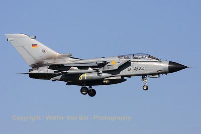 GAF_Tornado-IDS_45-64_AG51_EHVK_20101011_IMG_22878_WVB_1200px
