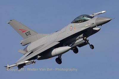 RNoAF_F-16AM_672_6K-44_FLO_EHVK_20101011_IMG_22803_WVB_1200px