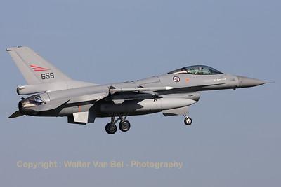 RNoAF_F-16AM_658_6K-30_FLO_EHVK_20101011_IMG_22866_WVB_1200px