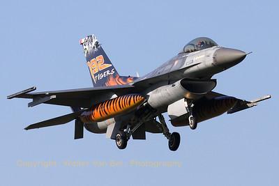 TuAF_F-16C_93-0682_192Filo_cnHC-26_EHVK_20101011_IMG_22788_WVB_1200px