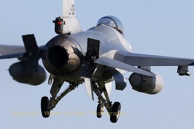 RNLAF_F-16AM_J-008_cn6D-164_EHVK_20101011_IMG_22854_WVB_1200px