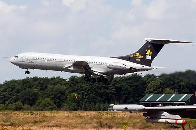 RAF_VC10-C1K_XV105_101sq_cn835_EBBL_20070717_CRW_9159_RT8_WVB_1200px_ED2