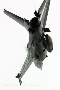 BAF_F-16BM_FB-18_cn6J-18_EBBL_20070710_CRW_9016_RT8_WVB_1024px
