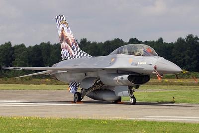 BAF_F-16BM_FB-18_cn6J-18_EBBL_20070717_CRW_9052_RT8_WVB_1200px
