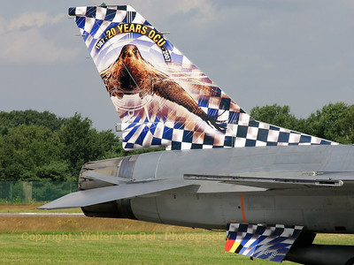 BAF_F-16BM_FB-18_tail-close-up_cn6J-18_EBBL_20070717_CRW_9047_RT8_WVB_1200px