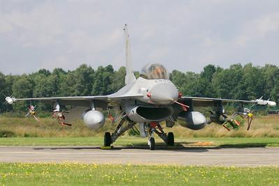 BAF_F-16BM_FB-15_cn6J-15_EBBL_20070717_CRW_9115_RT8_WVB_1200px_cc