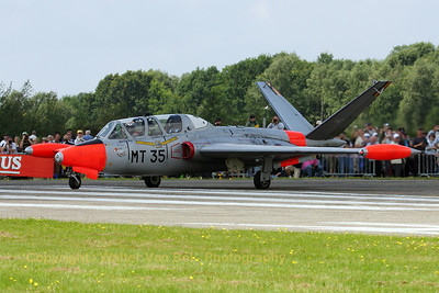 BAF_Fouga_CM170_MT35_cn292_EBBL_20070717_CRW_9102_RT8_WVB_1200px_re-edit