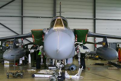 RAF_Tornado-GR4_ZD740_BG_EBFS_20060601_CRW_4561_RT8_WVB_1200px