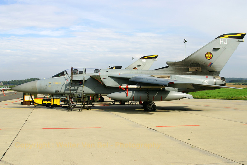 RAF_Tornado-F3_ZG799_HJ_111sq_EBFS_20060928_CRW_6502_RT8_WVB_1200px