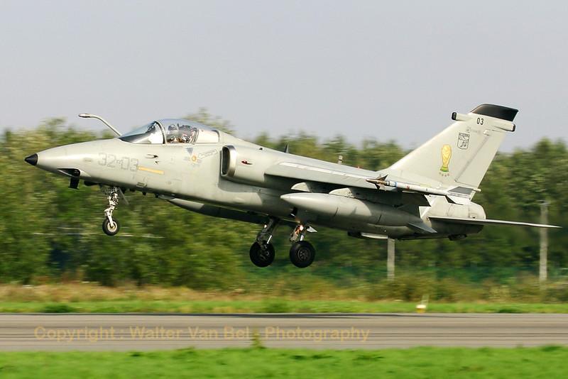 IAF_AMX_13Gr_MM7198_32-03_EBFS_20060928_CRW_6608_RT8_WVB_1200px