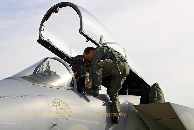 USAFE_F-15C_86-0176_48FW_493FS_LN_EBFS_20060928_CRW_6548_RT8_WVB_1200px