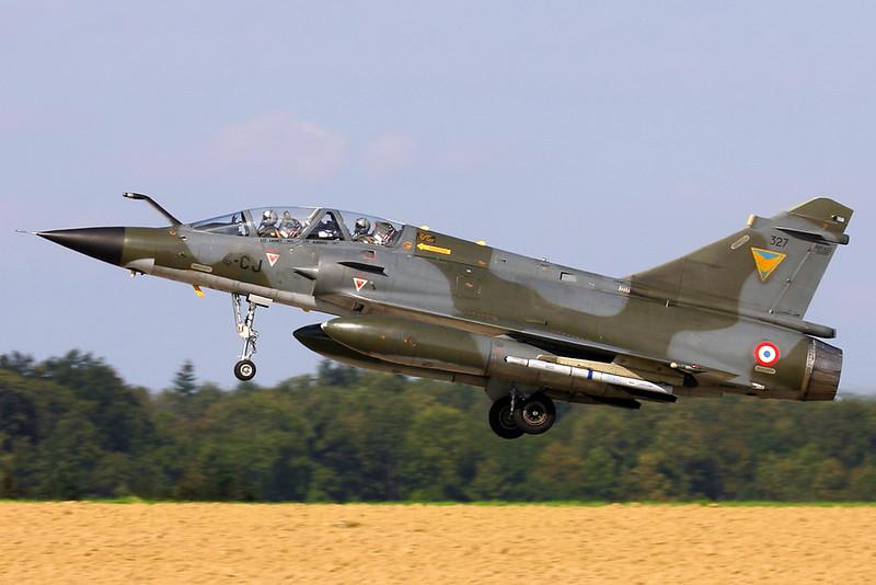 FAF_Mirage-2000N_327_4-CJ_EC03-004_EBFS_20060928_CRW_6701_RT8_WVB_1200px
