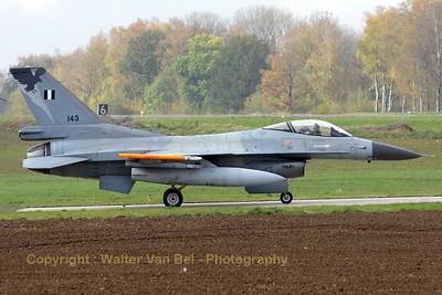 HAF_F-16C_330Mira_143_cn2Y-34_EBFS_20081028_IMG_5284_WVB_1200px