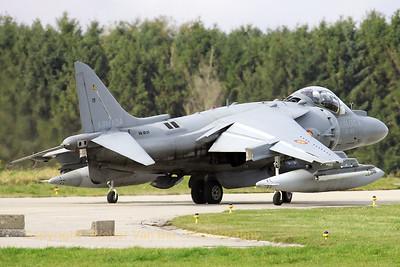 SpAF_Harrier_EAV-8B_Eslla009_VA1B-29_01-919_EBFS_20081028_IMG_5326_WVB_1200px