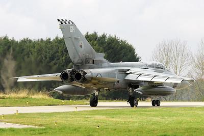RAF_Tornado-F3_ZE838_GH_43sq_EBFS_20081028_IMG_5293_WVB_1200px