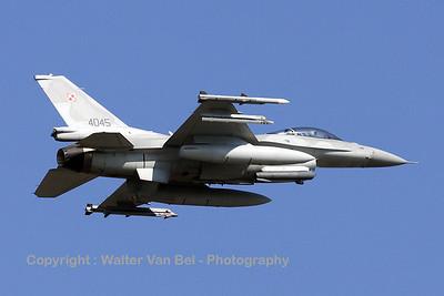 PoAF_F-16CJ_4045_cnJC-6_EBFS_20090331_IMG_5696_WVB_1200px