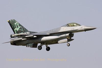 BAF_F-16AM_FA-72_EBFS_20090331_CRW_5726_WVB_1200px