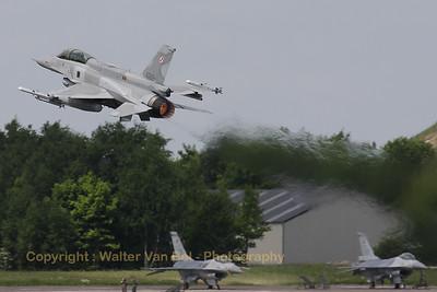PoAF_F-16DJ_4083_cnJD-8_EBFS_20090520_IMG_6719_WVB_1200px