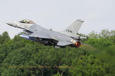 RNLAF_F-16AM_J-644_cn6D-76_322sq_EBFS_20090520_IMG_6739_WVB_1200px