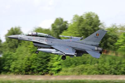 BAF_F-16BM_FB-22_cn6J-22_EBFS_20090520_IMG_6903_WVB_1200px